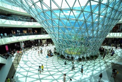 World's Largest Duty-Free Mall Makes Its Hainan Debut