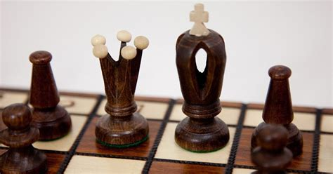 Top 7 Best Wood Chess Sets with Boards - VannDigit