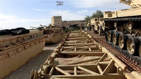Floating Rolls Bridge used by the IDF to cross the Suez