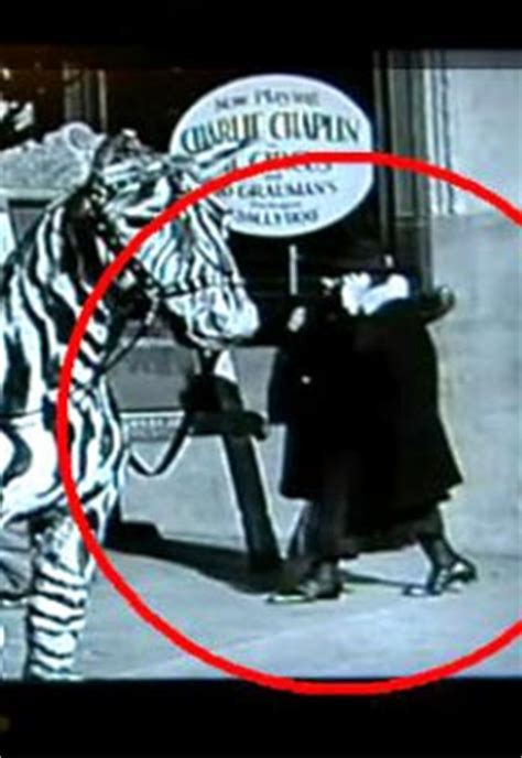 Cell phone mystery in 1928 Chaplin film