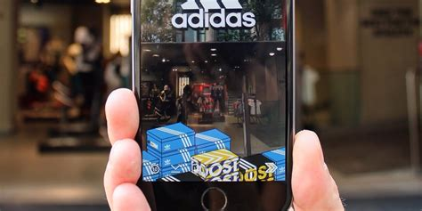 Snapchat opens up paid geofilters to outside ad partners