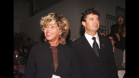 Tina Turner & Erwin Bach: The man in her life - YouTube