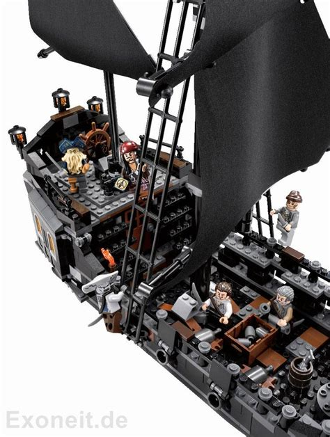 LEGO PIRATES OF THE CARIBBEAN 4184 BLACK PEARL | D & T