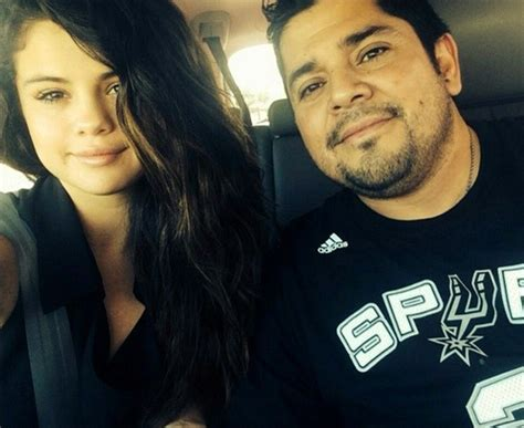 [PIC] Selena Gomez's Baby Sister Tori: Dad Ricky Welcomes