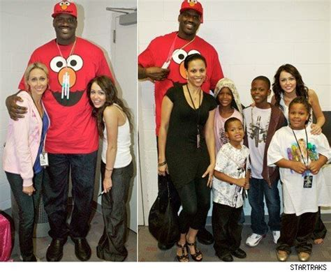 SHAQUILLE ONEAL'S FAMILY OUTING WITH HANNAH MONTANA